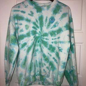 Green/blue tie dye crewneck